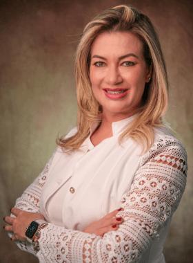 Dra. Vanessa Barrella Ortodontista