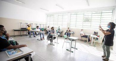 Educação de SP prorroga rematrícula e novas matrículas até dia 24