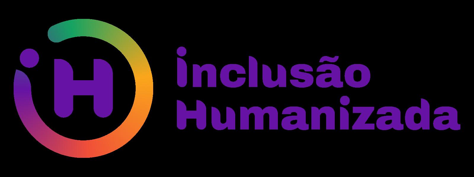 """Logotipo da empresa Inclusão Humanizada. A palavra """"Inclusão humanizada"""" está escrita em roxo. Do lado esquerdo, há a letra """"H"""" maiúscula com um circulo em volta dela, nas cores roxo, vermelho e verde."""