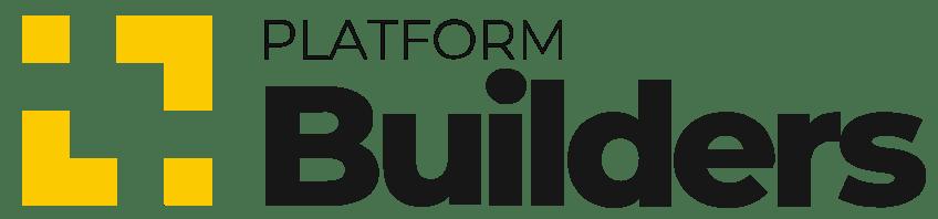 """Logotipo da Builders. Trata-se de um logo que do lado esquerdo tem um quadrado em amarelo. Do lado direito, tem o nome da empresa: """"Platform Builders""""."""