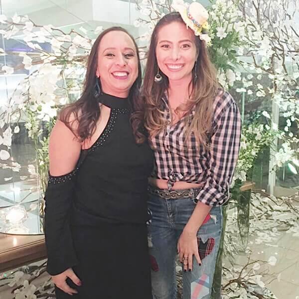 Marcela Monteiro em Festejare Decorações e Flores