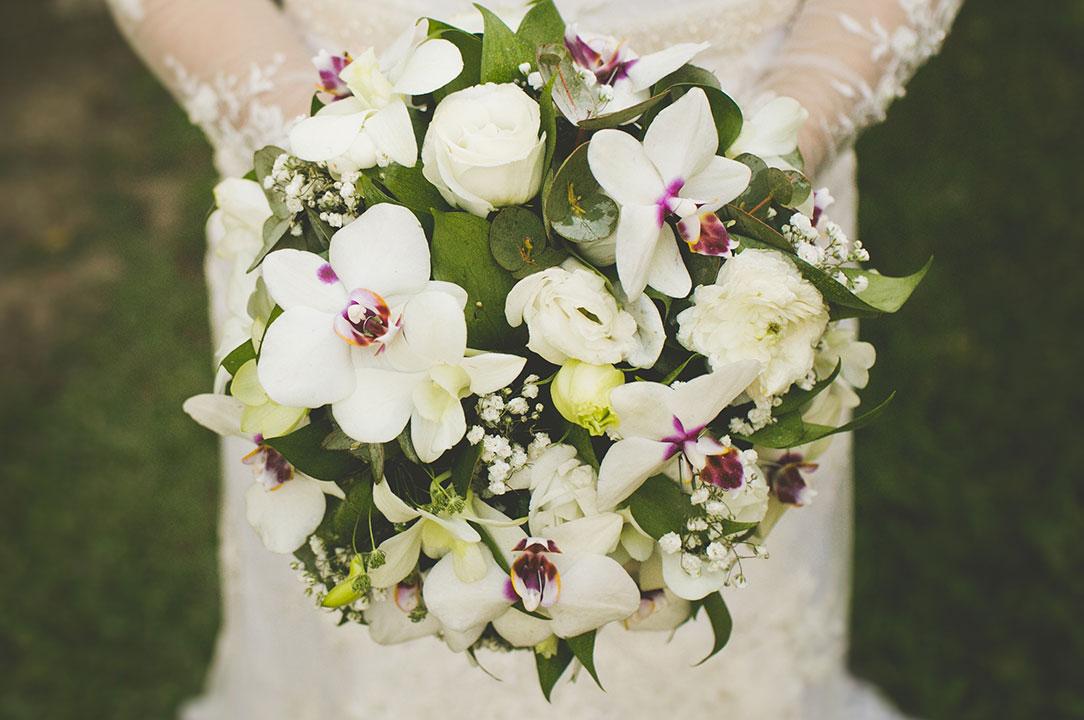 Buques de flores naturais para noivas - Festejare Decorações e Flores