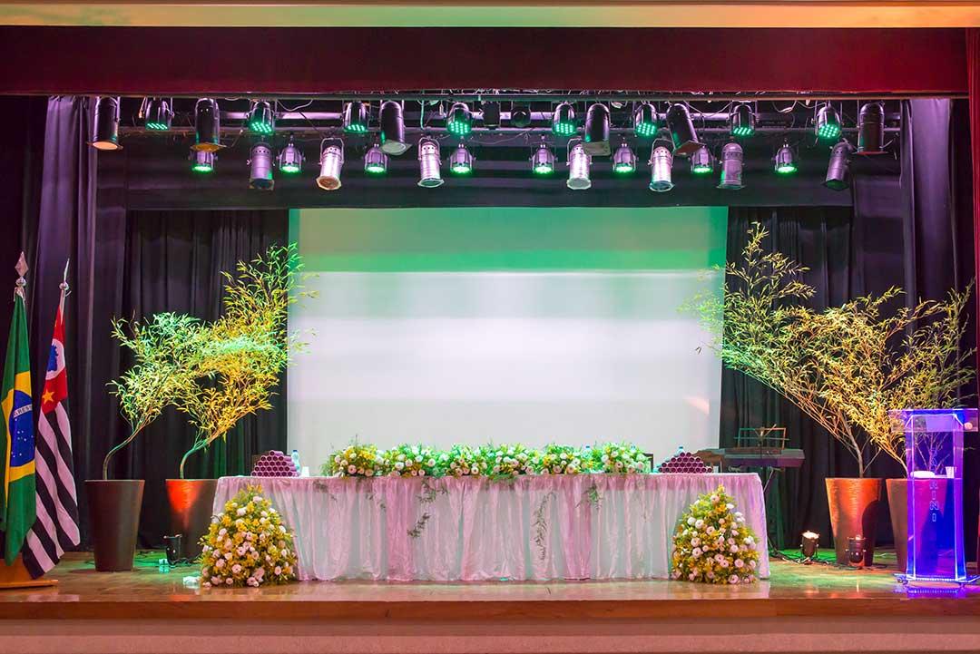 Formatura decoração evento - Festejare Decorações e Flores