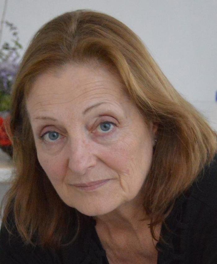 Emilia Nardi - Artista Plástica, Floral Designer, Professora e Decoradora