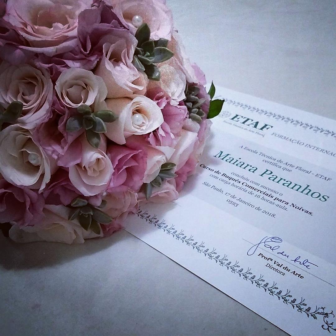 Certificado do curso de arranjos florais da ETAF