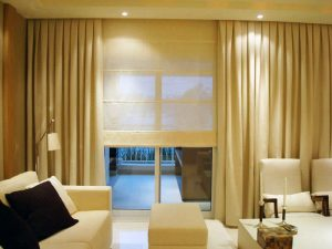 cortina-persiana-romana