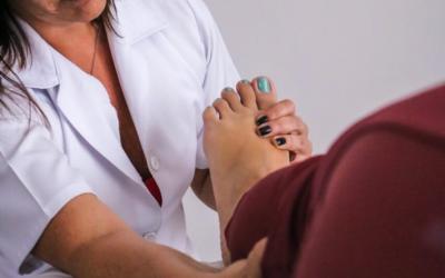 O equilíbrio do corpo começa nos pés